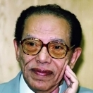الدكتور مصطفى محمود