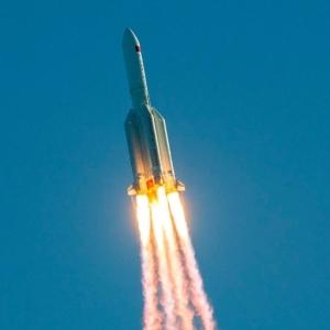 كم مرة مر الصاروخ الصيني على مصر؟.. آخرها منذ قليل