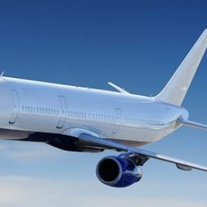 وصل جثة هامدة.. غيني يسافر إلى المغرب مختبئا في عجلة طائرة