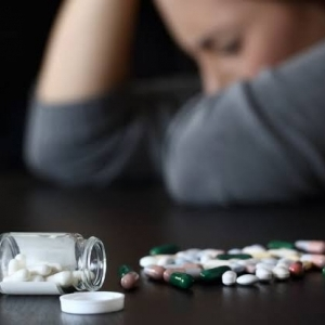 «جنون العظمة» مرض نفسي يلاحق مصابي كورونا: المريض يشعر بالاضطهاد