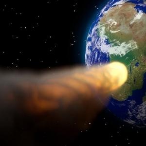"""""""نهاية العالم إتأجلت"""".. لن يصطدم كويكب قاتل بالأرض في سبتمبر"""