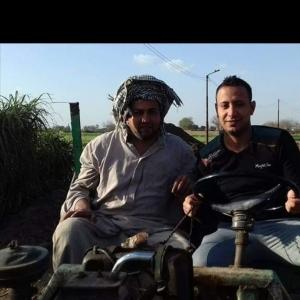 «محمد» يقضي مشاويره بماكينة الري.. حولها لسيارة بتكلفة 17 ألف جنيه