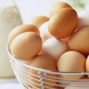ماذا يحدث لجسمك إذا تناولت بيضة يوميا على الإفطار؟