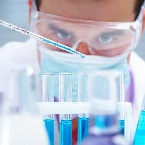 طفح جلدي.. أطباء يكشفون أعراض جديدة لفيروس كورونا