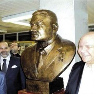في ذكرى ميلاده: تماثيل جمال عبدالناصر.. رسائل تكريم عابرة للقارات