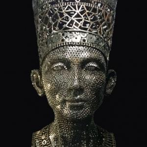 """حسام """"بيعمل من الخردة تماثيل فرعونية"""": هدفي إظهار عظمة الحضارة المصرية"""