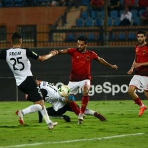 بالتردد.. قناة مفتوحة تذيع مباراة وفاق سطيف ضد الأهلي