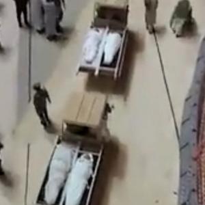 بعضهم تزين بملابس الإحرام.. مشهد مهيب لتشييع 58 جنازة بالحرم المكي