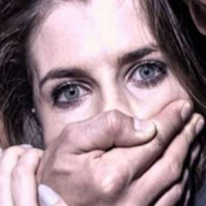 بعد اعتدائه جنسيا على فتاة.. شاب يوافق على اغتصاب شقيقته انتقاما منه