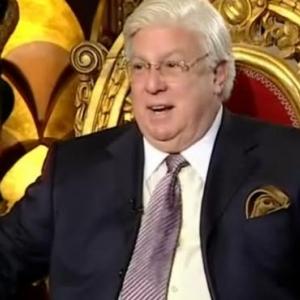 بالفيديو| حسن كامي يتحدث عن سيرته: جدتي ابنة محمد علي وأسرتي استقراطية