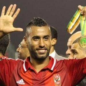 بعد تفوقه على ميسي.. حسام عاشور يقترب من لقب الأكثر تتويجا بالعالم