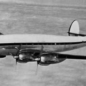 ركابها تحولوا لهياكل عظمية.. حكاية طائرة هبطت بعد اختفاء 35 عاما