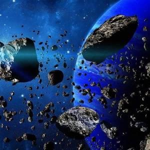 ناسا تترقب 3 كويكبات يمرون بالأرض غدا