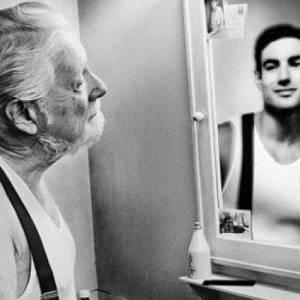 5 عادات تعجل بظهور أعراض الشيخوخة