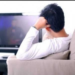 دراسة: مشاهدة التلفزيون تتسبب في 10% من الوفيات السنوية