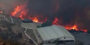 بالفيديو| ارتفاع عدد المفقودين إلى أكثر من 630 بحرائق كاليفورنيا