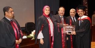 تخريج الدفعة الرابعة من طلاب البرنامج الماليزي بكلية طب أسنان طنطا