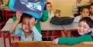 """فيديو """"تلميذ عايز أنام"""" يثير غضب الحقوقيين: """"تنمر"""""""