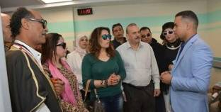وفد مؤتمر رواد الشباب والمرأة العربية يدعم مرضى السرطانبالأقصر