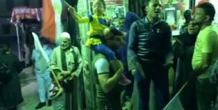 """""""رقص وزغاريد"""" أمام لجنة مدرسة رشيد بعزبة المسلمين"""