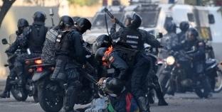 مقتل 25 سجينا في مواجهات مع الشرطة الفنزويلية