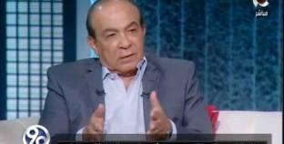 """هادي الجيار مدافعا عن """"مدرسة المشاغبين"""": كانت تُعبر عن واقع الشباب"""