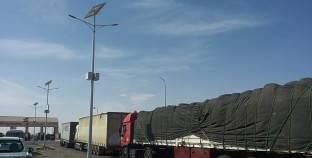 مغادرة 119 شاحنة بضائع ووصول 149 من وإلى ليبيا عبر منفذ السلوم
