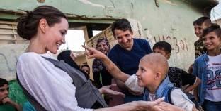 أنجلينا جولى تزور الموصل وتدعو لدعم إعادة الإعمار