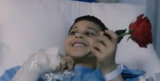 إجازة قلبت موت.. حكاية طفل مصري فقد والديه بالسعودية: فاكرهم في الحرم