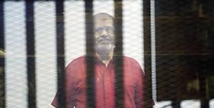 """""""مرسي"""" يطلب إجراء فحص طبى على حسابه الخاص"""