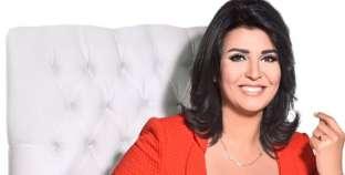 """""""مش نكدية خالص"""".. 10 حلقات مبهجة لـ""""منى الشاذلي"""" قبل فريق """"SNL"""""""