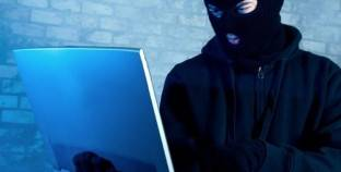 """بعد القبض على """"هاكر الواتس آب"""".. كيف تحمي بياناتك من السرقة؟"""