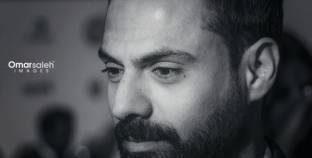 """أمير طعيمة: شريف عرفة أمدني بمعلومات ومذكرات لشخصيات من أجل """"الممر"""""""