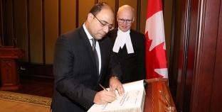 بالصور| سفير مصر في أوتاوا يلتقي رئيس مجلس العموم الكندي