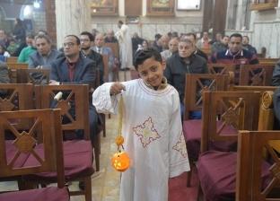 في عيد الغطاس.. فوانيس البرتقال والقلقاس والقصب تجتاح الكنائس