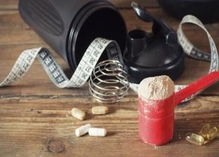 تسبب أمراض القلب والضعف الجنسي.. مخاطر المكملات الغذائية على الرياضيين