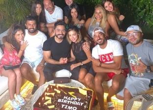تامر حسني يحتفل بعيد ميلاده الـ 42 بحضور عدد من الفنانين