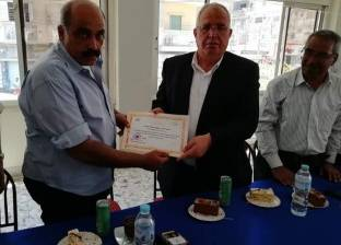 رئيس مدينة كفرالدوار يكرم مدير الشؤون القانونية لبلوغه سن المعاش