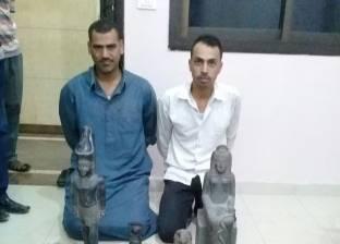 القبض على مسجلين بحوزتهما 4 تماثيل أثرية في الشرقية