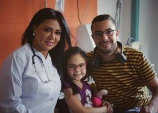 """كواليس إعلان أبو الريش.. """"رانيا يوسف"""" لعبت مع الأطفال و""""ساندي"""" بكت"""