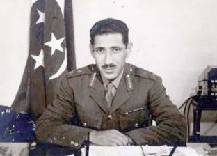 """في ذكرى رحيله الـ51.. 8 وجوه لـ""""عبدالحكيم عامر"""" بالدراما المصرية"""