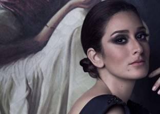 """أمينة خليل توقف تصوير """"قابيل"""" لتدهور الحالة الصحية لوالدتها"""