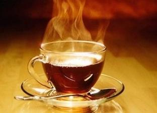 أستاذ علوم يوضح أضرار الشاي الأحمر على الصحة: يسبب إنيميا والضعف العام