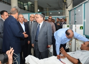 شعراوي يشيد بالخدمة الصحية المقدمة بمستشفيات أسيوط الجامعية