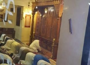 فيديو| مسلمون يقيمون صلاة المغرب بكنيس يهودي في مراكش