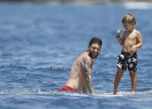 ميسي يقضي عطلته الصيفية بصحبة عائلته في إيبيزا