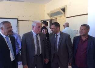 محافظ جنوب سيناء يتفقد لجان الاستفتاء في مدينة نويبع
