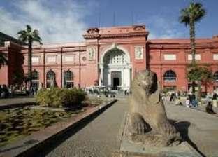 لوحات إرشادية جديدة للمتحف المصري بالتحرير في عيده ميلاده الـ 116