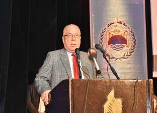 وزير الثقافة يغادر مطار القاهرة الدولي إلى الأقصر
