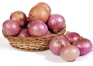أيهما أفضل لصحة الإنسان البصل الأحمر أم الأبيض؟